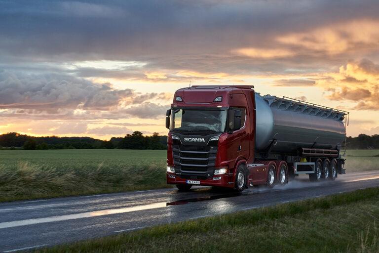Scania_770_S_V8_6x4