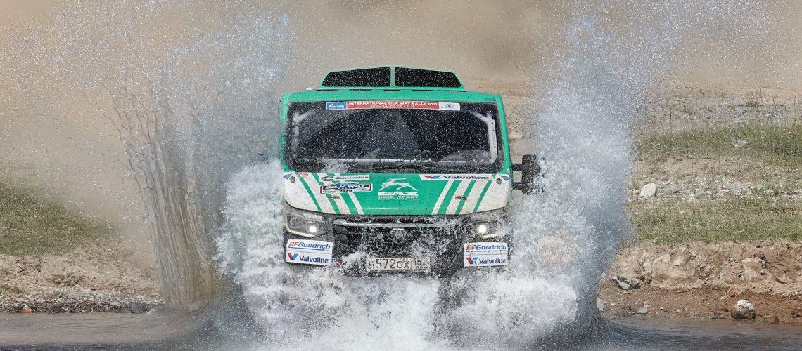 GAZ faz vídeo incrível do Rally Rota da Seda 2021
