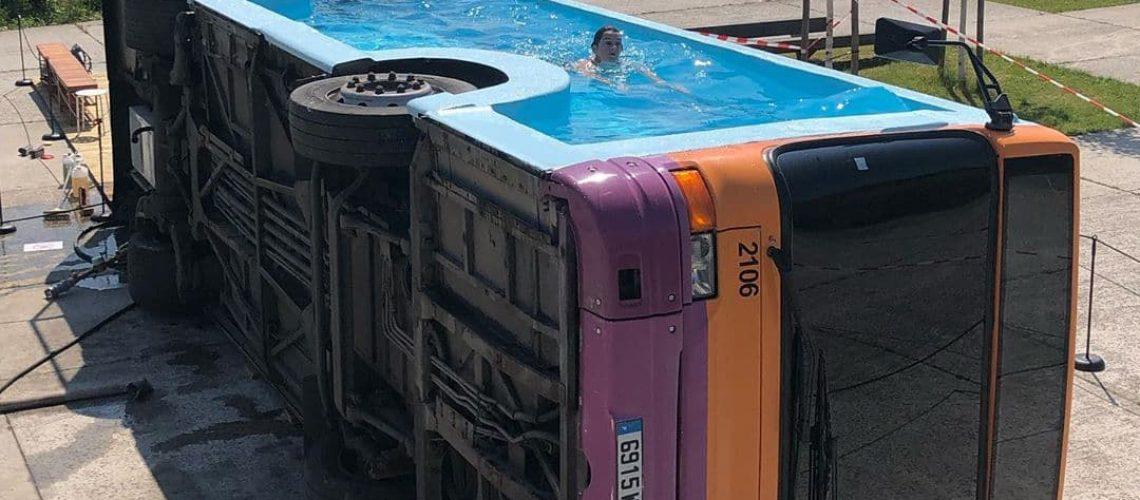 Le_bus_piscine